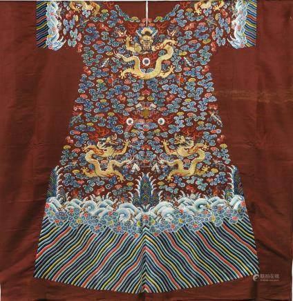 清十九世紀初 醬紅緞繡金龍福壽靈芝雲紋吉服袍料
