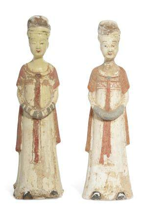 A PAIR OF STRAW-GLAZED AND PAINTED COURT LADIES