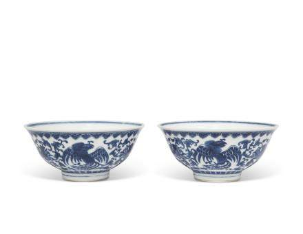 A PAIR OF BLUE AND WHITE 'PHOENIX AND LOTUS' BOWLS