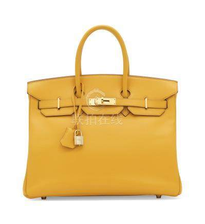 A JAUNE COURCHEVEL LEATHER BIRKIN 35 WITH GOLD HARDWARE