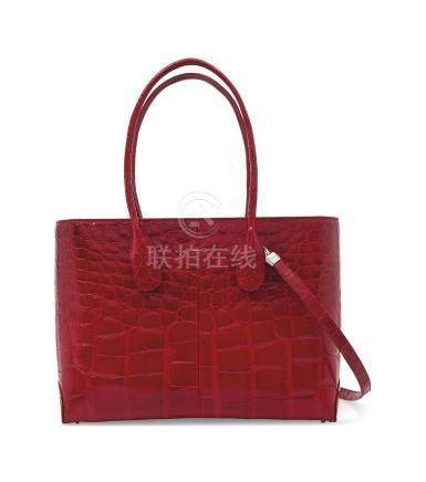 A SHINY RED ALLIGATOR LADY D BAG WITH SILVER HARDWARE