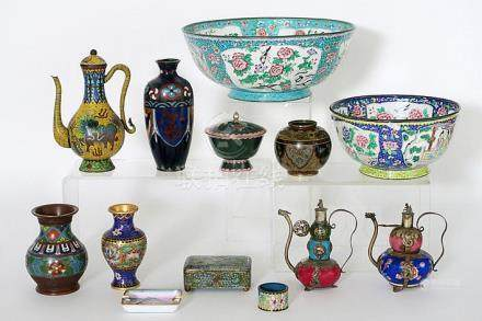 13 pieces of Japanese and Chinese cloisonné with a teapot wi