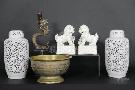 several oriental (Chinese or Indonesian) items