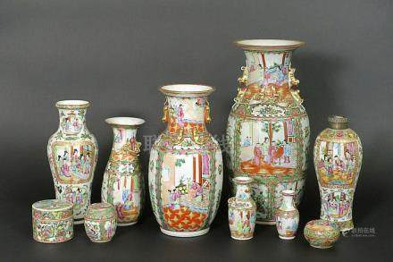 several pieces of Chinese 'Canton' porcelain