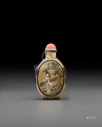 An overlay decorated and inside-painted glass snuff bottle Bi Rongjiu (1874-1925)