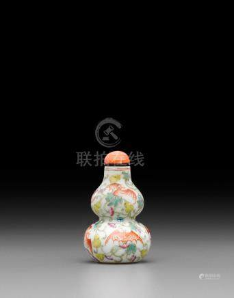 An iron-red painted and famille rose enameled 'double-gourd' porcelain snuff bottle Imperial, Daoguang mark and of the period, 1821-1850