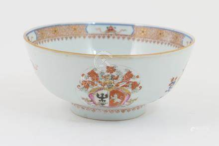 Chinese armorial bowl, Qianlong (1735-96), decorated in Imari colours,