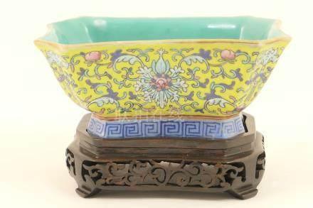 Chinese famille jaune canted rectangular dish, 19th Century, green glazed interior,