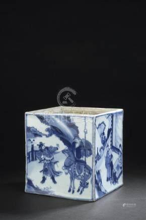 Pot en porcelaine bleu blancChine, époque Kangxi (1662-1722)De section carrée,
