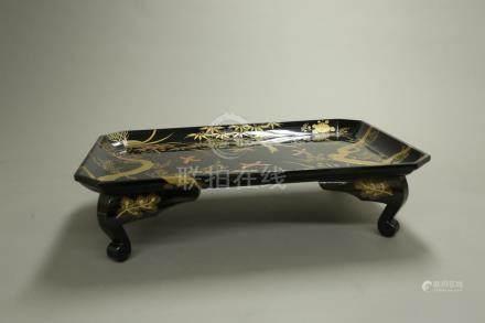 蒔繪花卉盤桌