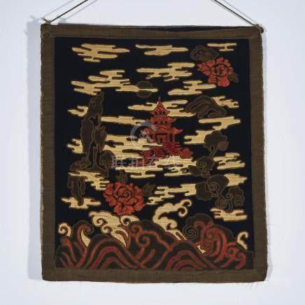 A Couched Gold on Silk Thangka of a Pagoda, Sino-Tibetan, 19th Century, 十九世紀 漢藏 金繡絲織寶塔唐卡, image 26.5
