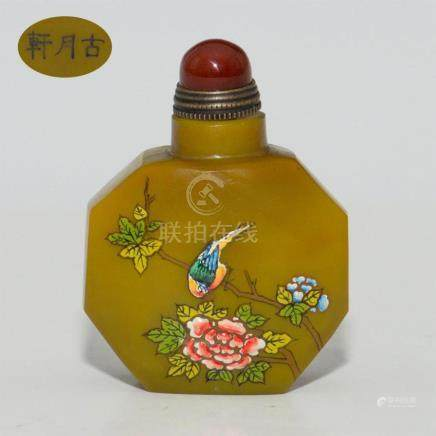 GUYUE XUAN 18thC CHINESE ENAMELED GLASS SNUFF BOTTLE