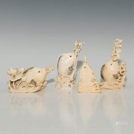 GROUP OF 4 CARVED BONE ANTIQUE CHINESE SNUFF BOTTLES