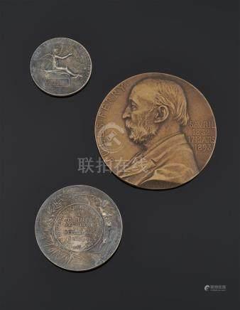 France - Lot de trois médailles de table : - Jules Ferry, grande médaille d'hom