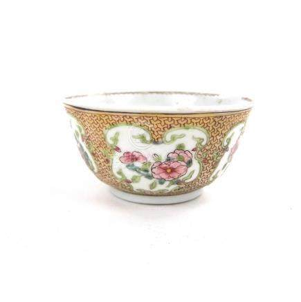 A Chinese export famille rose porcelain teacup, 18th century.