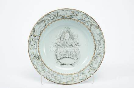 """A Soup Plate, Chinese export porcelain, grisaille decoration """"Martin Luther flanked by two Cherubs"""