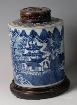 A circa 1800 Chinese export blue and white ginger jar, of cylindrical form, decorated with pagoda