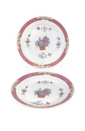A PAIR OF CONTINENTAL 'PUCE' DECORATED FLORAL DISHES in the Chinese export taste, probably