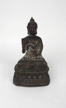 Bouddha en bronze. XIXe Sino-tibétain.