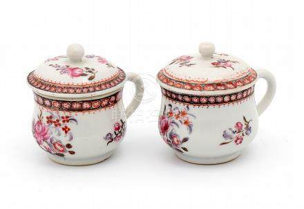 A PAIR OF QIANLONG COVERED CREAM POTS