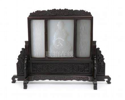 AN ORIENTAL TABLE SCREEN