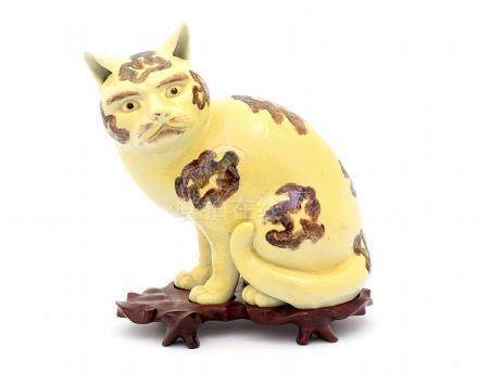 A CHINESE PORCELAIN CAT