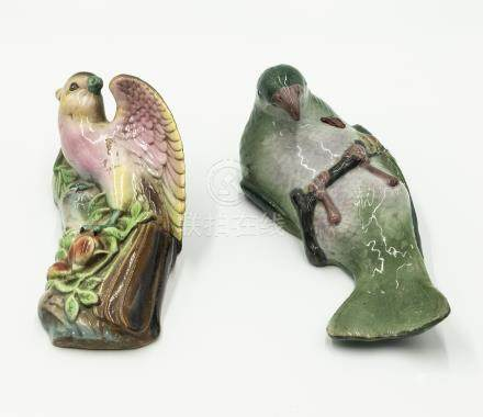 Two Chinese wall pockets styled as birds