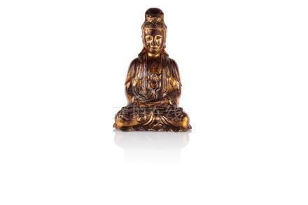 Statuette de Guanyin Chine - Fin Époque Ming (1368 - 1644) Bronze laqué brun