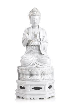 Blanc-De-Chine-Buddha. Dehua, China. Wohl 19./ 20th cent.
