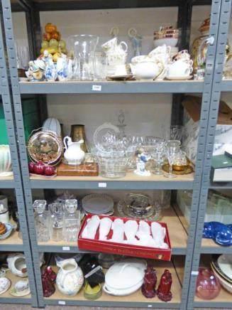 LARGE SELECTION OF VARIOUS PORCELAIN TEAWARE, GLASSWARE, CHINESE ROSE JUG,