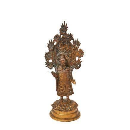 Buda. Escultura oriental en bronce, segunda mitad del s.XX. Alt.: 29 cm.
