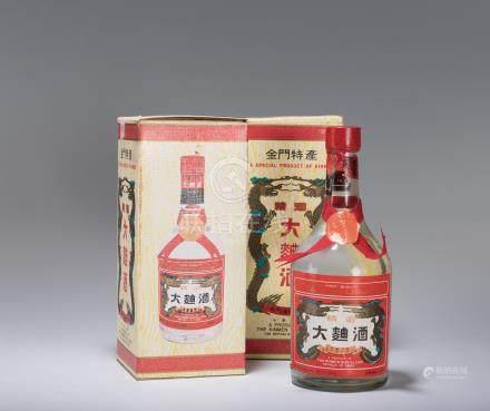 民國72年、75年 金門大麴酒 二瓶