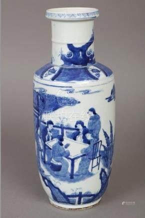 Chinesische Porzellanvase im Stile Ming