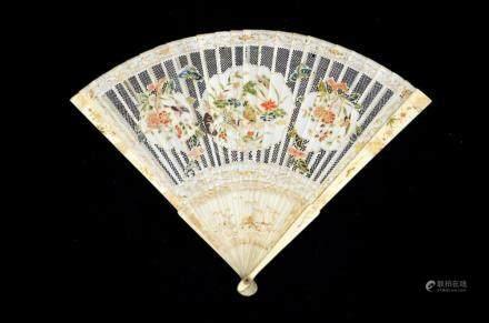 λ A rare early 18th century Kangxi famille rose style Chines
