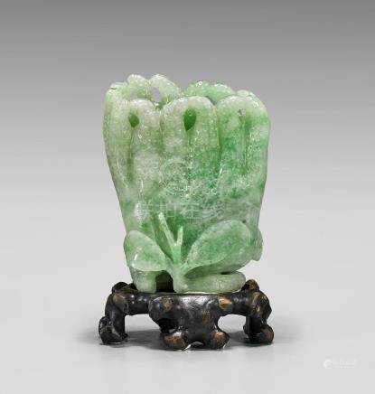 JADEITE 'BUDDHA'S HAND' VASE