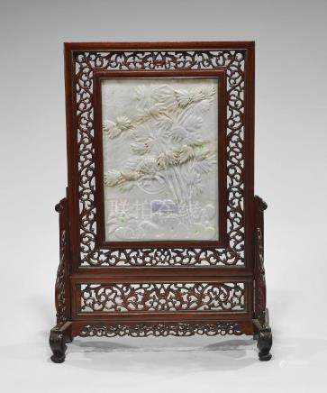 CARVED JADEITE TABLESCREEN