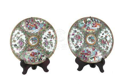CHINESE CANTONESE PAIR OF PORCELAIN PLATES, DECORATED BIRD A