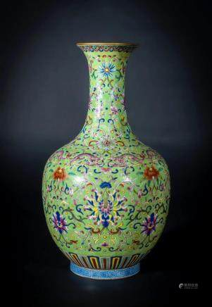 Chinese Art A porcelain bottle decorated with peonies and sp