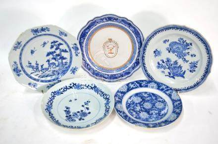 Five underglaze blue decorated, Chinese Export plates, comprising: one of octagonal form decorated