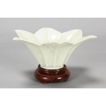 Fine Chinese Blanc de Chine Porcelain Bowl,