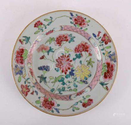 A porcelain famille rosé plate, China 2nd half of the 18th c
