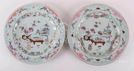 Two porcelain famille-ros plates, China Qianlong, mid-18th c