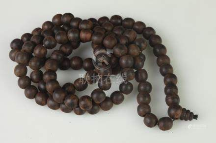 CHINESE CHENGXIANG WOOD PRAYER BEADS. - L: 49 in.