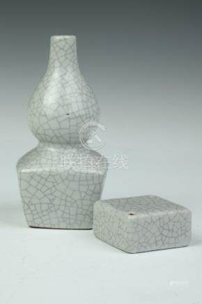 CHINESE GE-TYPE PORCELAIN DOUBLE GOURD VASE AND WATER DROPPE