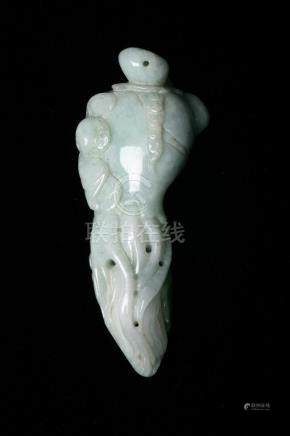 CHINESE CELADON JADEITE CARVING OF BUDDHA'S HAND. - L: 2 3/4