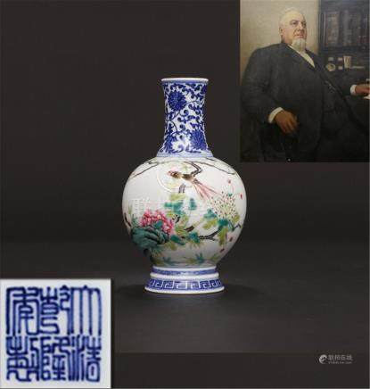 Qing Qianlong Hand-painted blue-and-white pastel flowers and