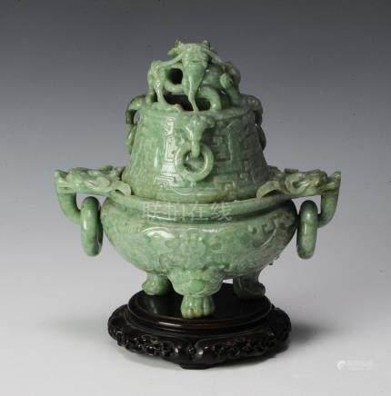 CHINESE JADEITE INCENSE BURNER, 19TH CENTURY