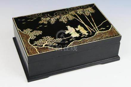 CHINESE LAQUER BOX WITH MOTHER OF PEARL INLAY