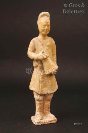 Chine, période Sui Mingqi en terre cuite et traces d'émail céladon, représentan