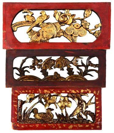 清 漆金木透雕飾件三件